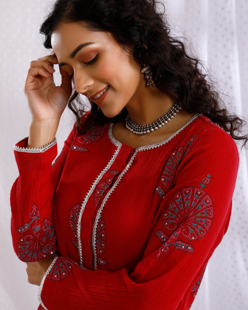 RED BLOCK PRINTED SEQUINS EMBROIDERED STRAIGHT KURTA SET of 3