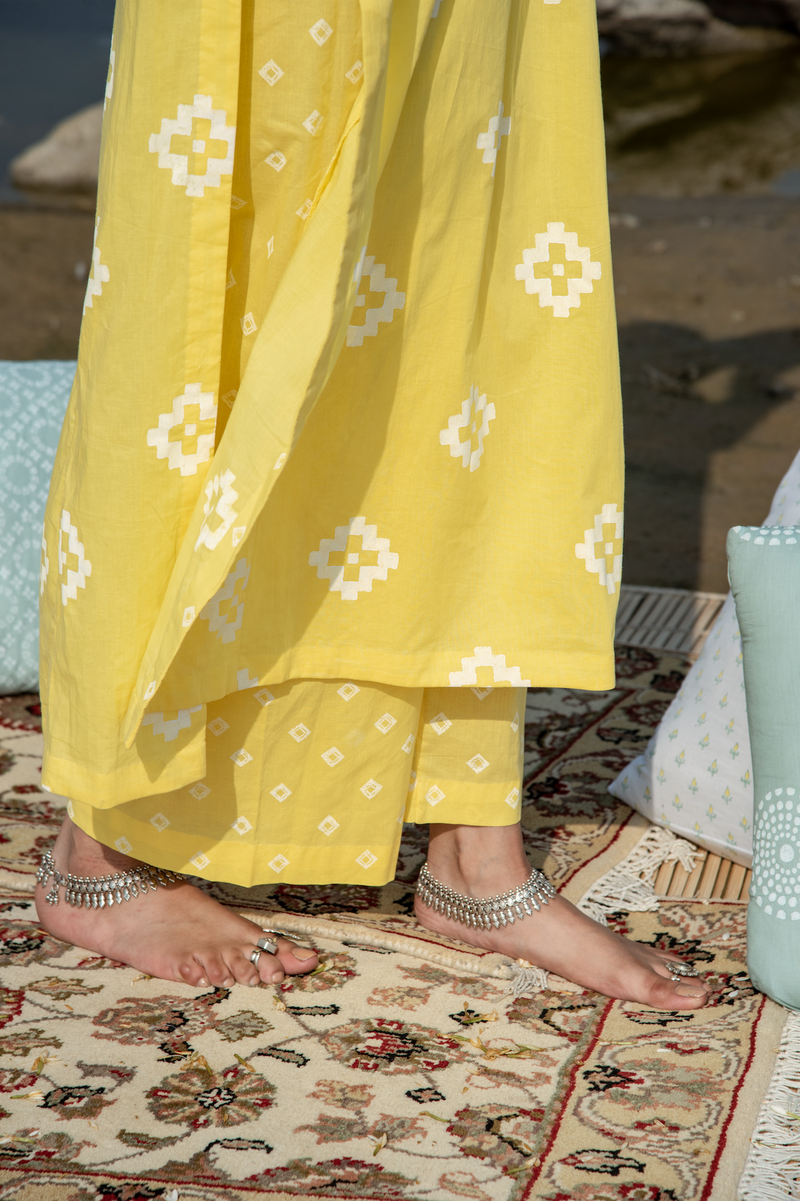 Ikat Block Print Side Gathered Straight kurta - Yellow