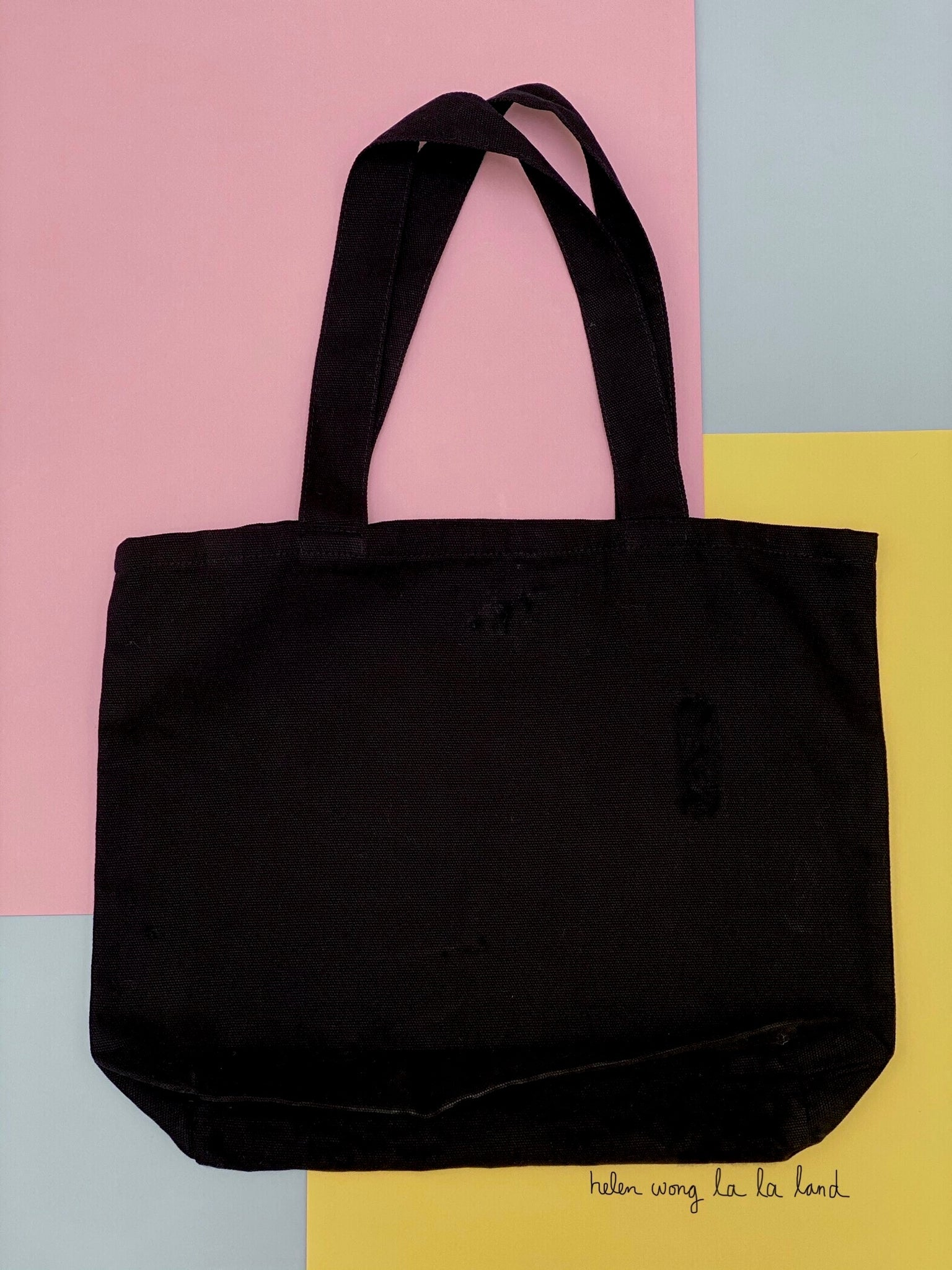 (S/S 2020) Global Resistance shoulder tote in BLACK