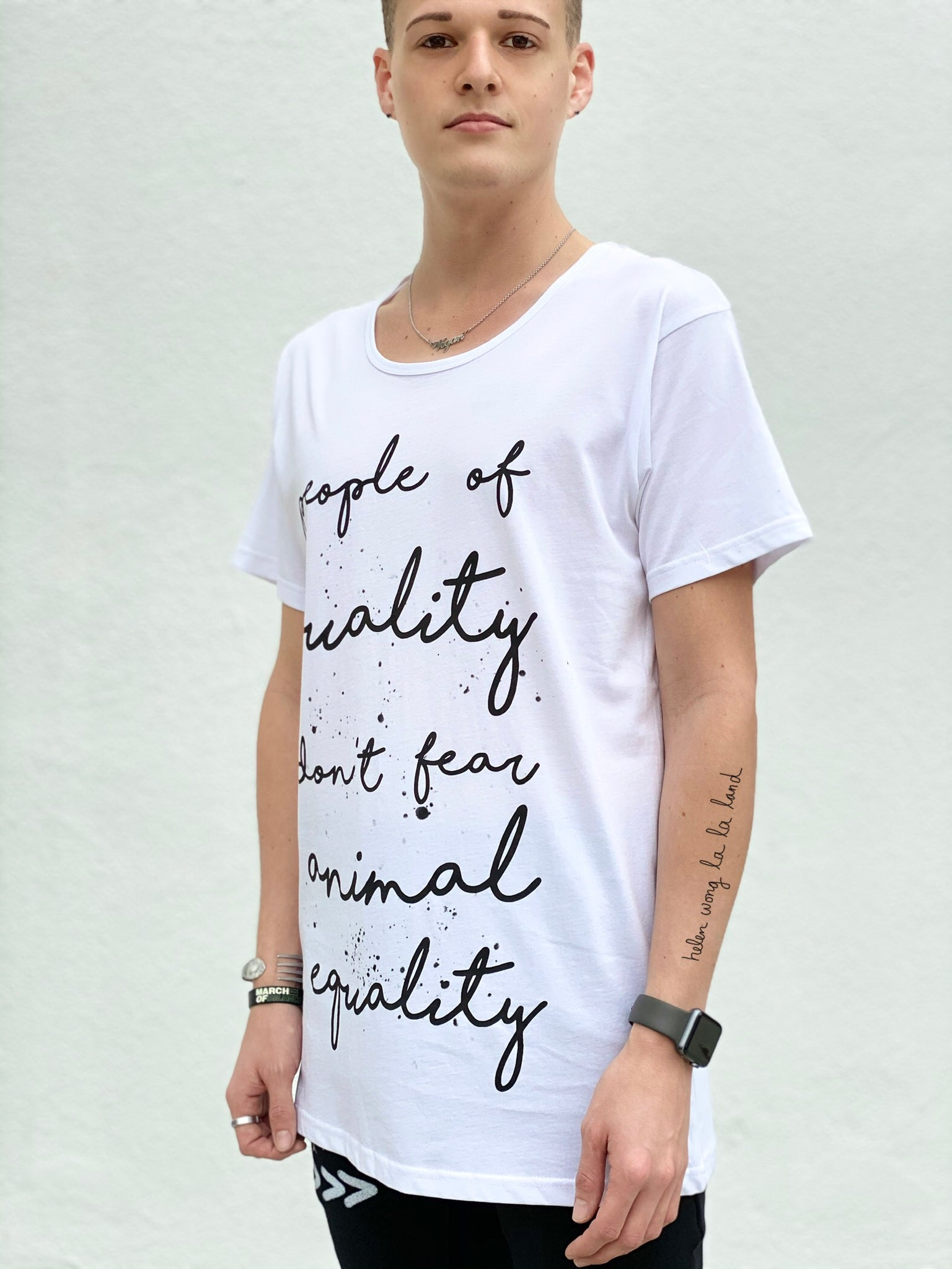 (S/S 2020) People Of Quality tee *wider neck fit*