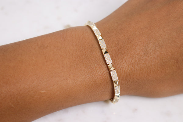14k Diamond Studded Bracelet - Nolita