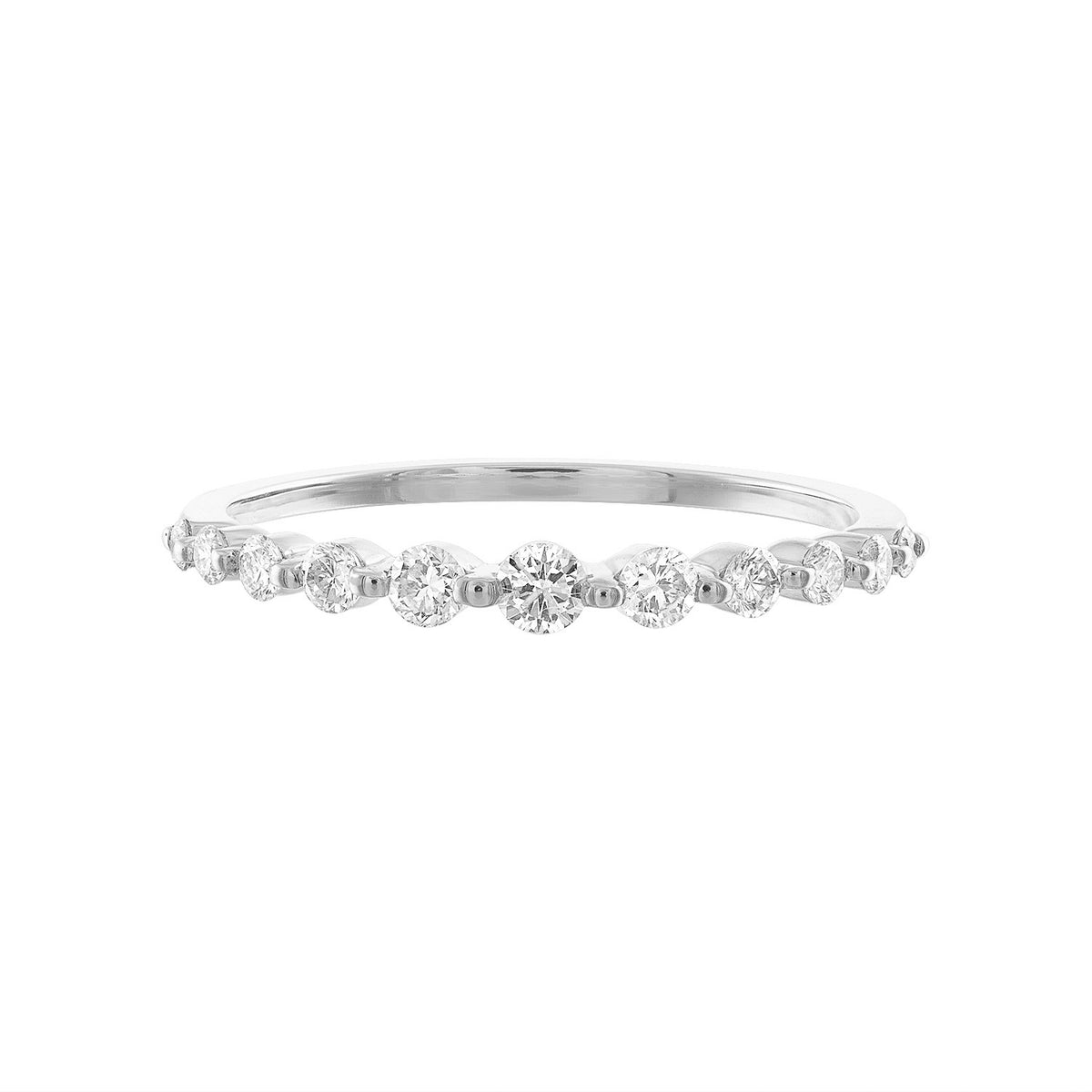 14K Graduated Diamond Ring