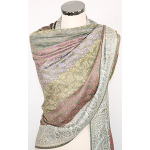 Viscose scarf with paisley pattern in multicolours