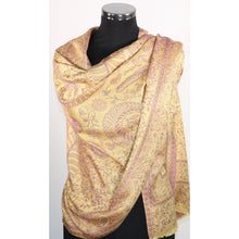Modal scarf in yellow with floral pattern