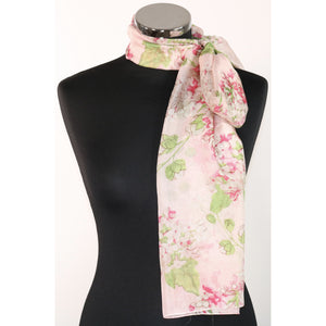 Pure silk scarf with floral pattern in soft pink