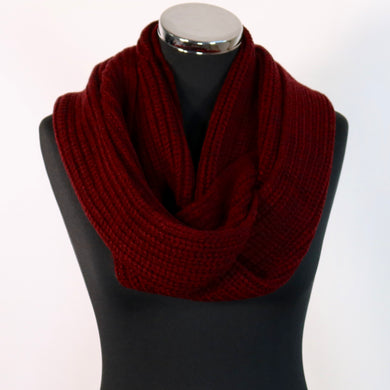 Burgundy neck warmer / snood