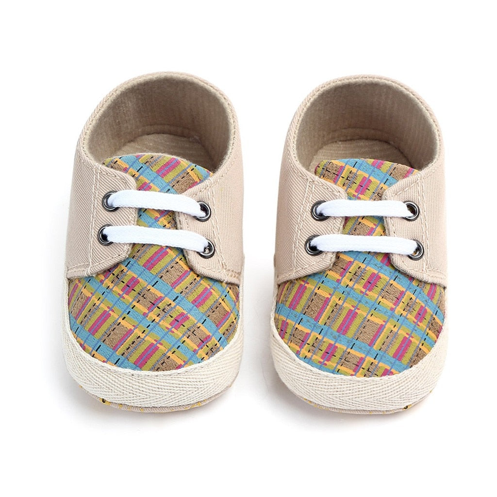 Hopping Rabbit Plaid Lace Up Shoes