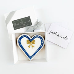Posh Gold Bow Heart single biscuit gift box