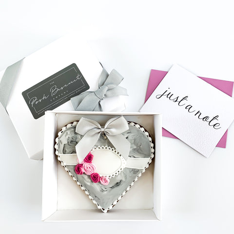 Posh Grey Marble Heart single biscuit gift box