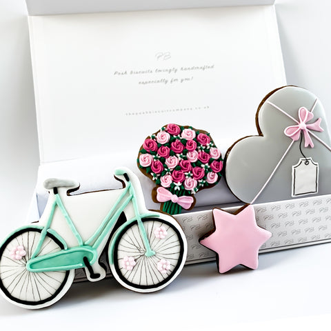Personalised Bicycle & Flowers medium gift box