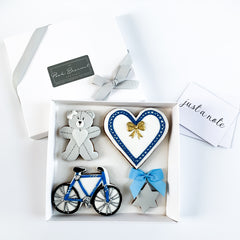 Personalised Blue Heart & Bicycle medium gift box