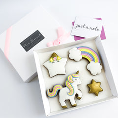Posh Gold Unicorn medium gift box