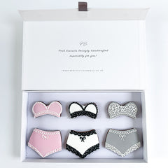Posh Lingerie luxe magnetic box