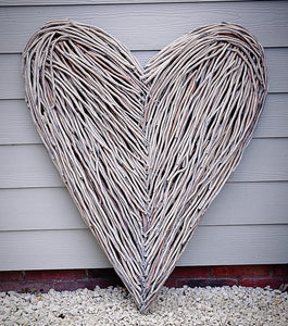 Olivia Large Wicker Heart