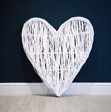 Load image into Gallery viewer, White Wicker Heart