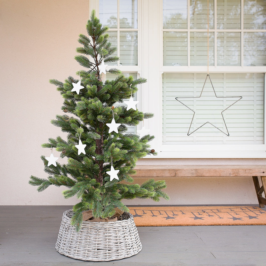 Willow Christmas Tree Skirt - Available in Two Sizes