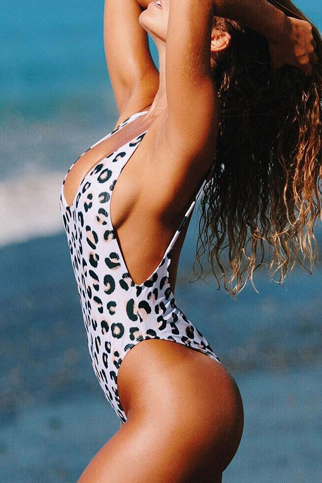 One Piece Crazy Deep V Neck Leopard Swimsuit SO127