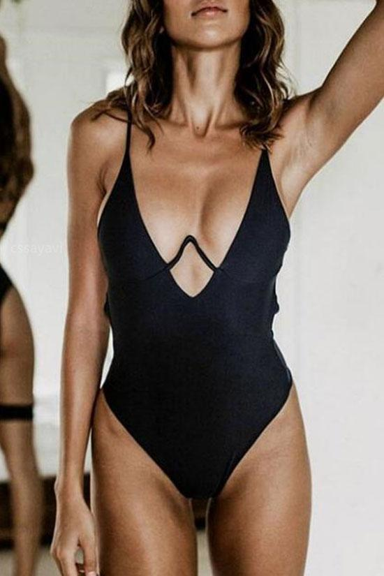 One Piece High Leg Plunged V Underwire Swimsuit SO142