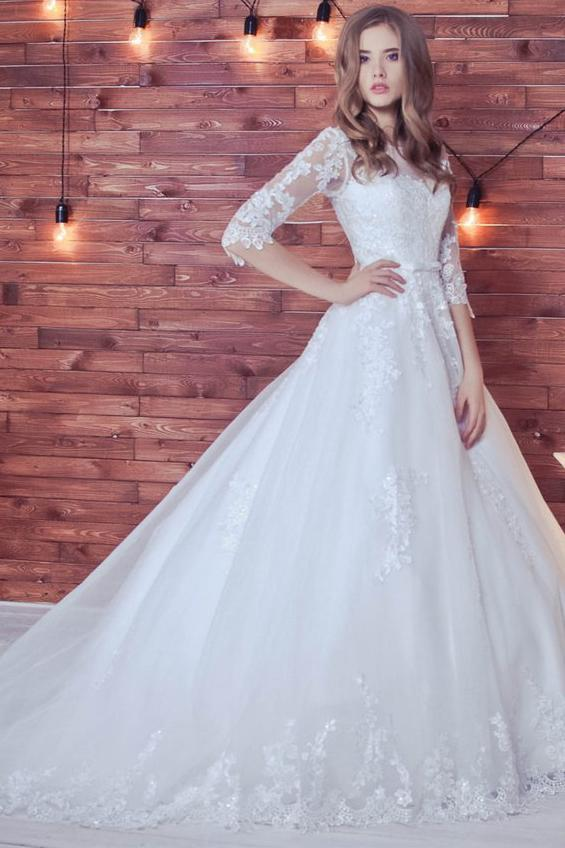 Lace Appliques Half Sleeve Romantic White Ball Gown Tulle Lace up Wedding Dress PM411