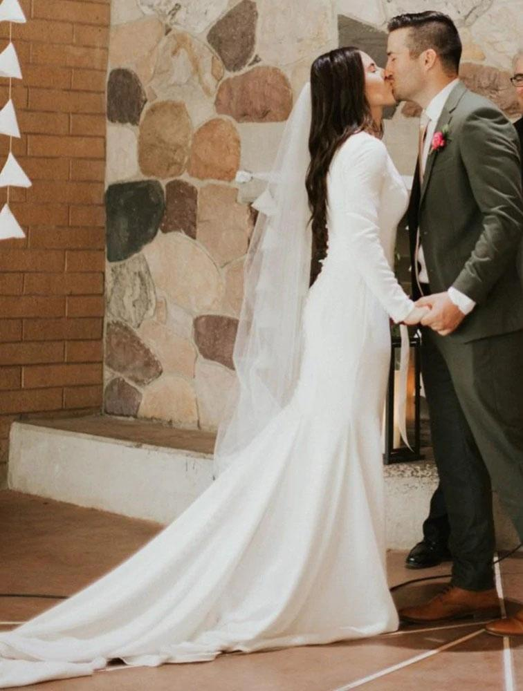 Elegant Long Sleeve Satin Scoop Ivory Wedding Dresses, Long Cheap Wedding Gowns W1048