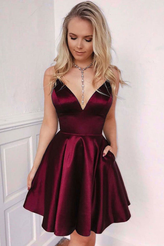 Navy Blue Spaghetti Straps V Neck Homecoming Dresses with Pockets, V Neck Cocktail Dress H1092