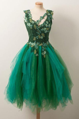 products/Simple_A_Line_V_Neck_Short_Green_Tulle_Homecoming_Dress_With_Appliques_Beading_H1000.jpg