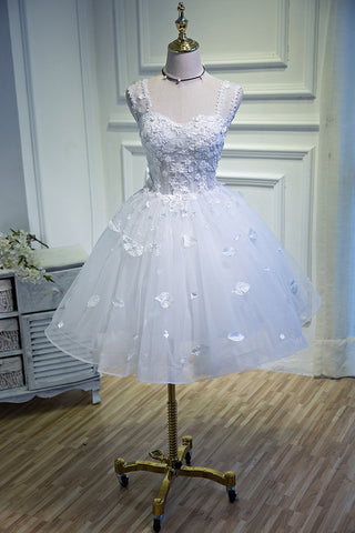 products/Simple_Sweetheart_White_Lace_up_Beads_Lace_Appliques_Tulle_Straps_Homecoming_Dresses_H1129.jpg