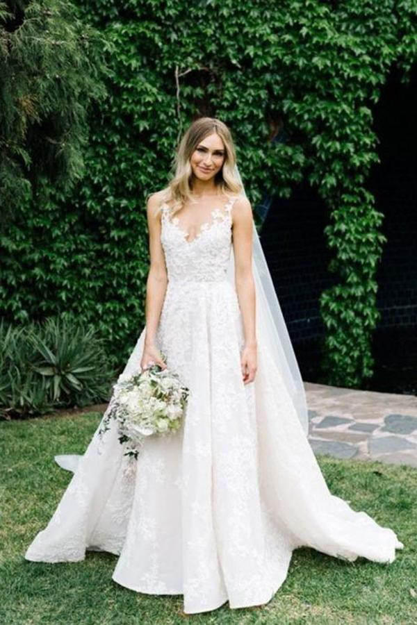 A Line Round Neck Floor Length V Neck Tulle Cheap Wedding Dress with Lace Appliques PW202
