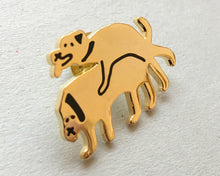 Gold enamel Pin Badge. DOGS IN LOVE.