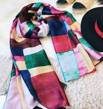 Load image into Gallery viewer, 2017 luxury brand Women Silk scarf Beach Shawl and Echarpe Luxurious Wrap Designer scarves Plus Size female beach stole bandana