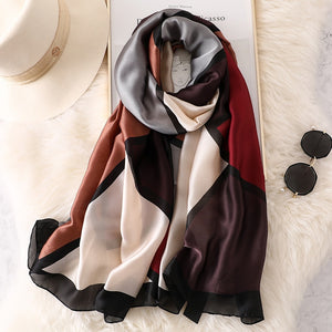 2019 luxury brand Women Silk scarf Beach Shawl and Echarpe Luxurious Wrap Designer scarves Plus Size female beach stole bandana