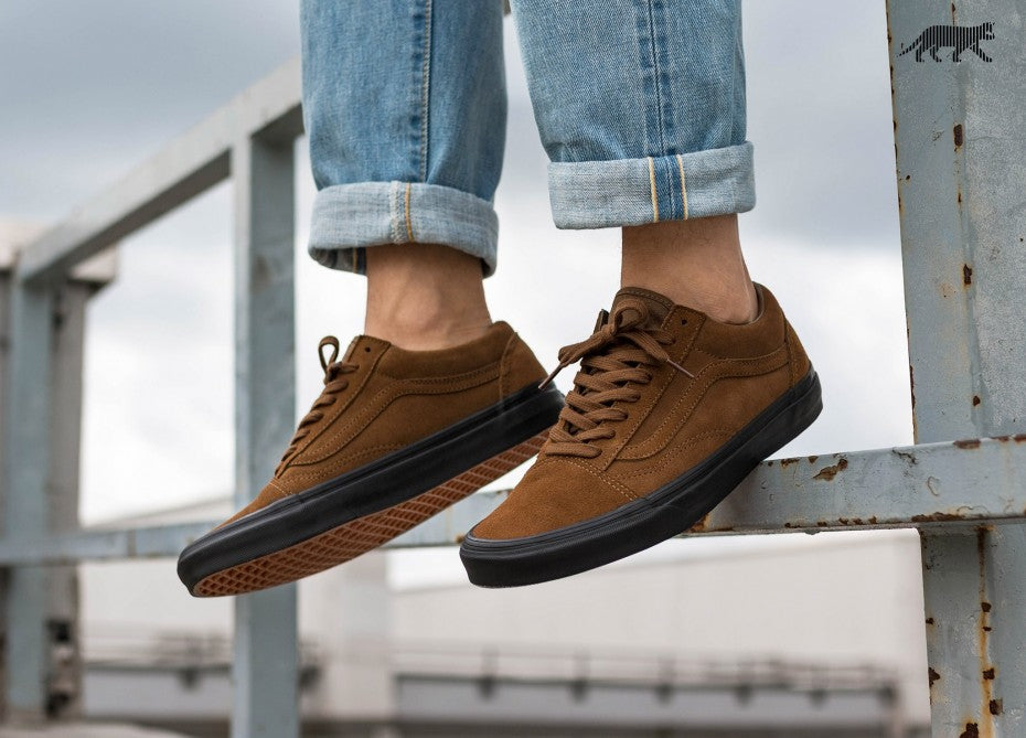 VANS OLD SKOOL REISSUE *SUEDE* (TEAK BLACK) – HYPE SHOP