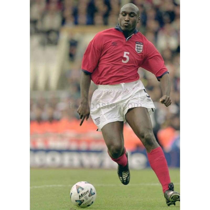 Sol Campbell starts mangerial career at Macclesfield