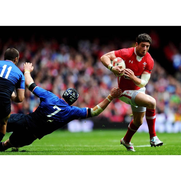 Alex Cuthbert scores | Wales Six Nations posters TotalPoster