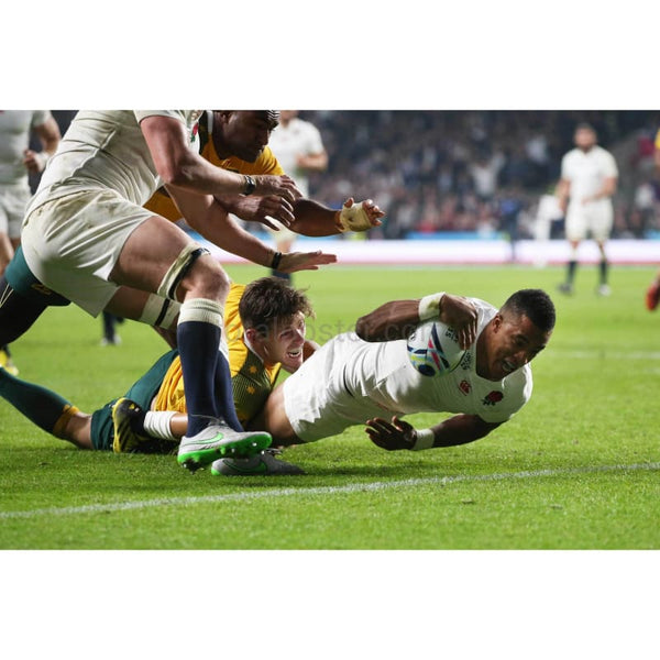 Anthony Watson scores his teams only try during the 2015 Rugby World Cup Pool A match between England and Australia at Twickenham Stadium | TotalPoster