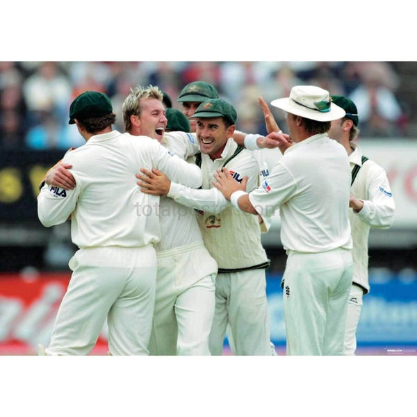 Brett Lee and the Team celebrate taking a wicket during the 2nd npower Ashes test between England and Australia at Edgbaston | TotalPoster