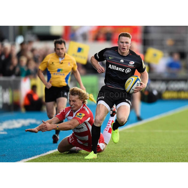 Chris Ashton of Saracens gets past Billy Twelvetrees of Gloucester during the Aviva Premiership match between Saracens and Gloucester Rugby at Allianz Park | TotalPoster