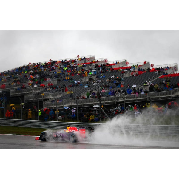 Daniel Ricciardo / Infiniti Red Bull during qualifying for the US F1 Grand Prix at Circuit of The Americas in Austin Texas | TotalPoster