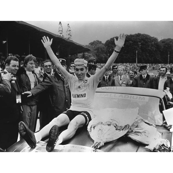 Eddy Merckx celebrates 2nd win |Tour de France Total Poster