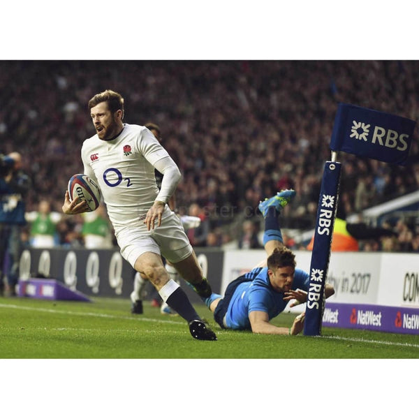 Elliot Daly scores | England Italy Six Nations TotalPoster