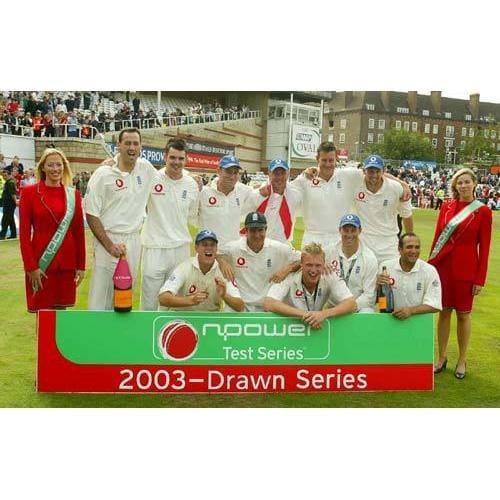 England celebrate their win in the Npower Fifth Test - England v South Africa at the Oval | TotalPoster