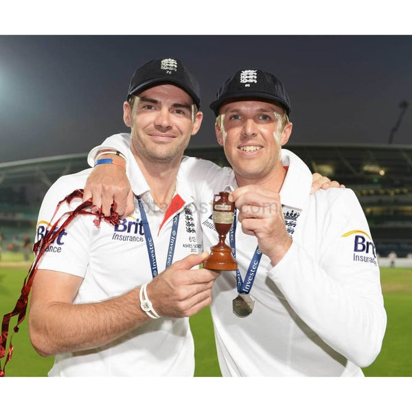 James Anderson & Graeme Swann | Cricket Posters | TotalPoster