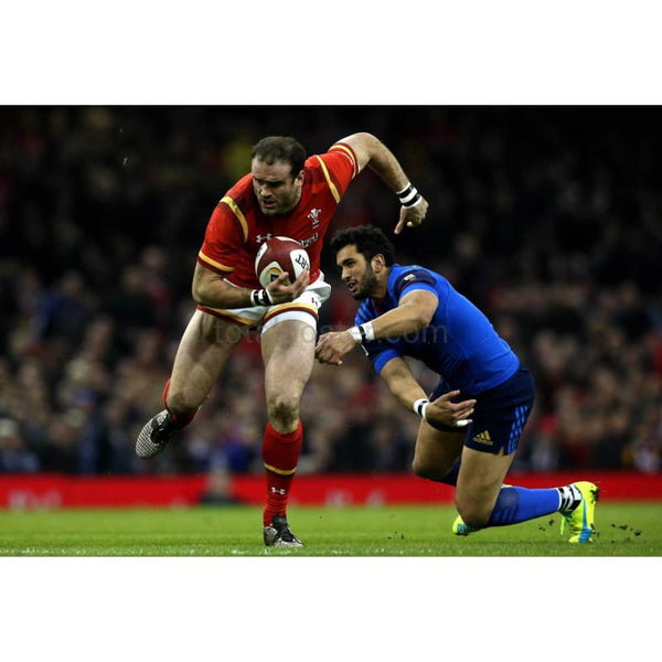 Jamie Roberts evades a tackle during the RBS Six Nations match between Wales and France at the Principality Stadium | TotalPoster