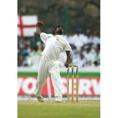 Muttiah Murilitharan in action during the England cricket tour of Sri Lanka at Galle International Stadium | TotalPoster