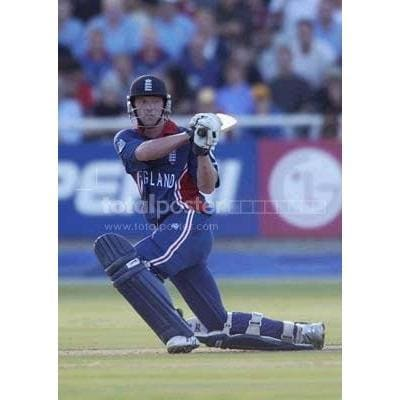 Paul Collingwood of England hits out during the ICC Cricket World Cup Pool A match between England and Pakistan at Newlands in Cape Town | TotalPoster