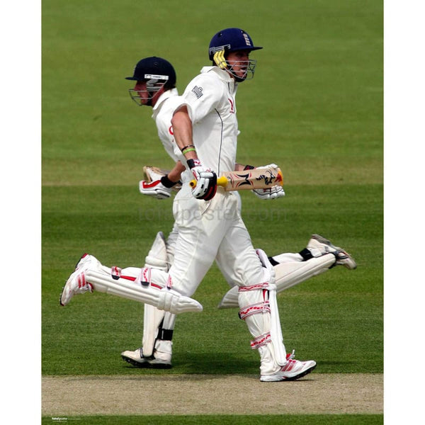 Paul Collingwood and Kevin Pietersen in action during the first test between England and Sri Lanka at Lords Cricket Ground | TotalPoster