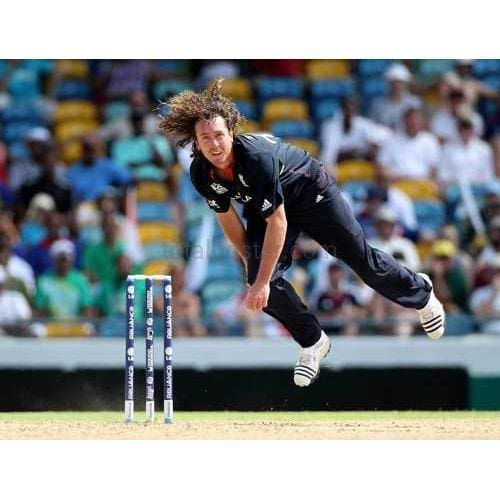 Ryan Sidebottom bowls during The ICC World Twenty20 Super Eight match between Pakistan | TotalPoster