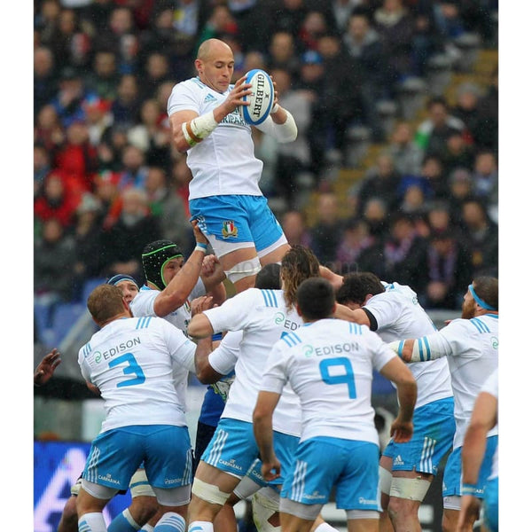 Sergio Parisse of Italy wins a line-out ball during the RBS Six Nations match between Italy and France at Stadio Olimpico in Rome | TotalPoster