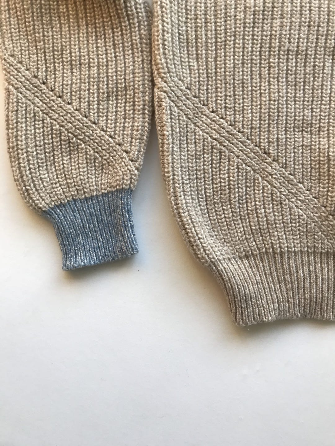 Fishermans Rib Cashmere Sweater - Special edition Caramel with Blue cuffs
