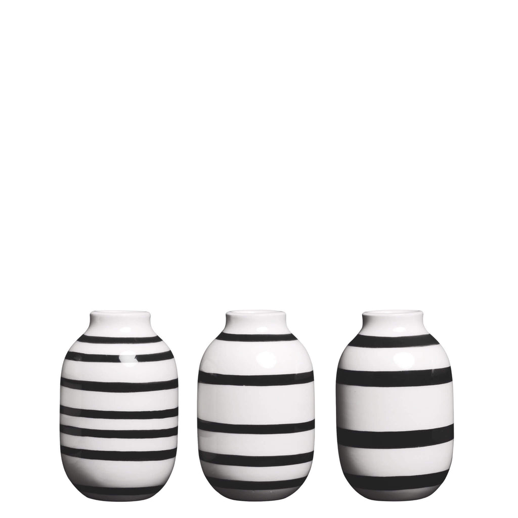 Omaggio Mini Ceramic Vase 3-Pack in White and Black